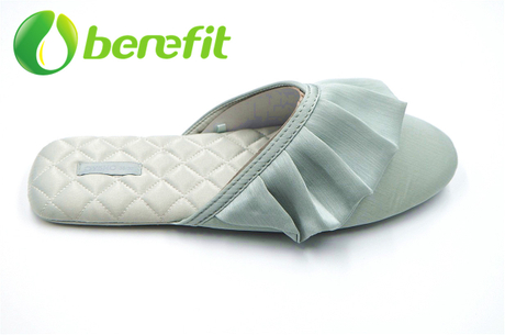 Fashional Slippers Women for Flat Feet with Memory Foam And Non Slip Design