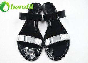 Jelly Shoes Women with Black And Gold Slipper Style