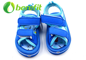 Kids Beach Sandals And Sandals for Children in Platform EVA Sole And EVA Velcro Upper
